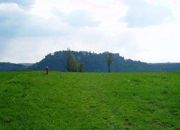 Die Festung Königstein von Ebenheit / Lilienstein aus fotografiert Die Festung Königstein von Ebenheit / Lilienstein aus fotografiert Festung Königstein Ebenheit Lilienstein