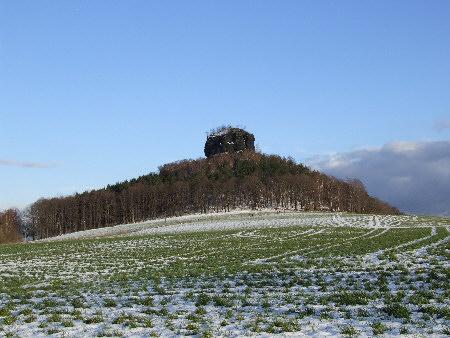 Der Zirkelstein bei Reinhardtsdorf-Schöna, Ostern 2008 Gipfelportrait: Der Zirkelstein (384 m ü. NN) bei Reinhardtsdorf-Schöna zirkelstein wandern elbsandsteingebirge sächsische schweiz reinhardtsdorf schöna wanderroute
