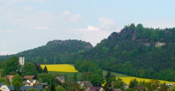 Der Papststein aus Richtung Papstdorf fotografiert